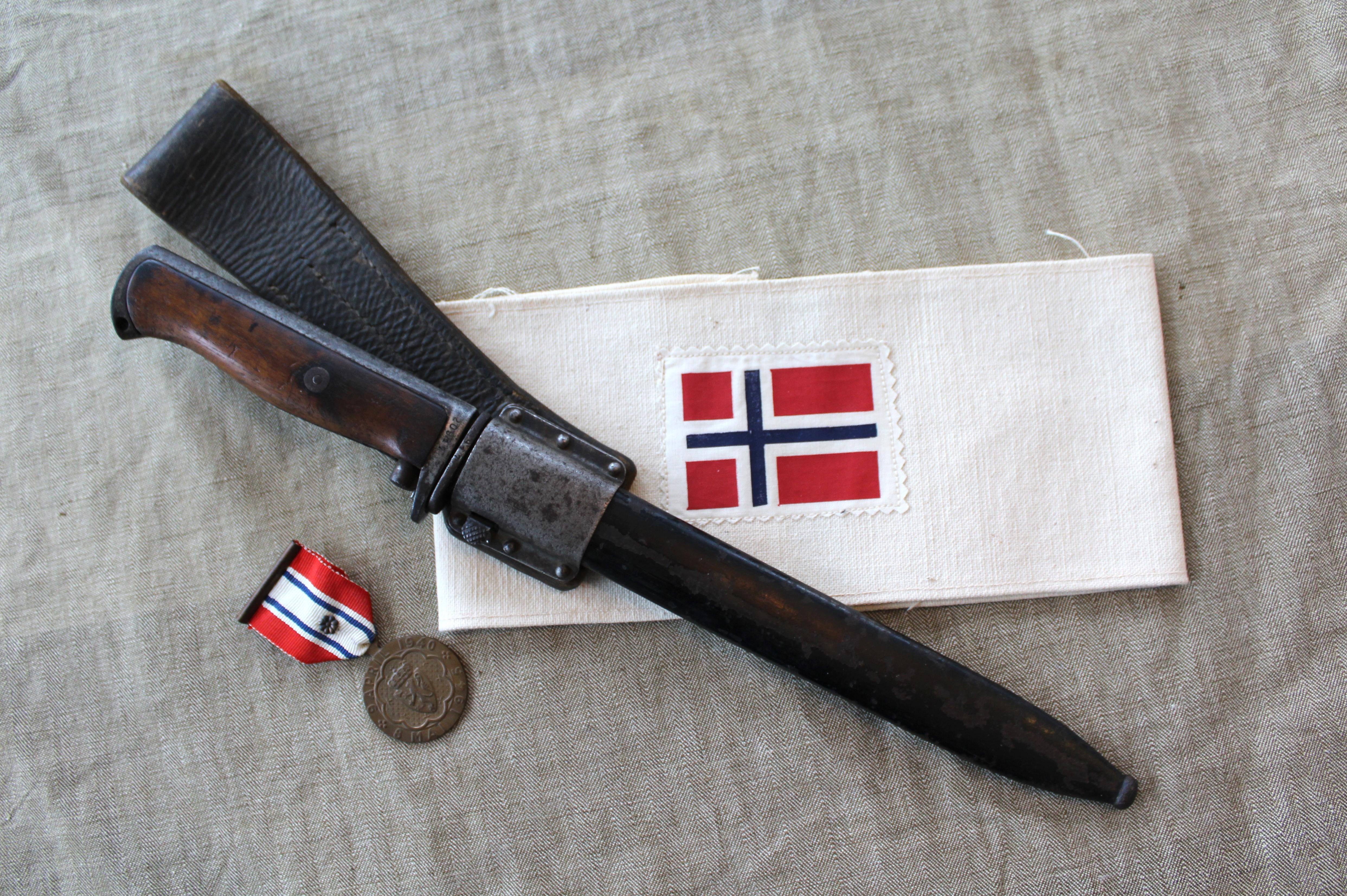 Norwegian Bayonets